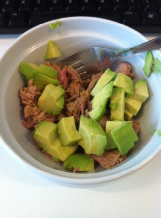 Paleo Breakfast: Avocado & Tuna